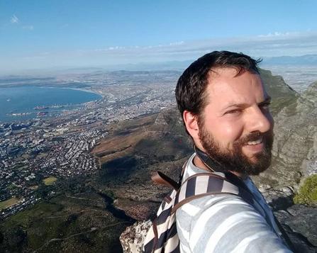 Read more about the article Rodrigo Schmiegelow – Schmi em O Mundo em Lanches