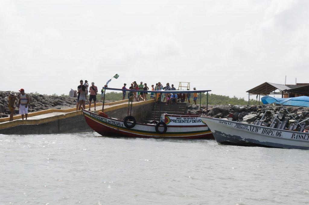 passeio de barco na Raposa barcos
