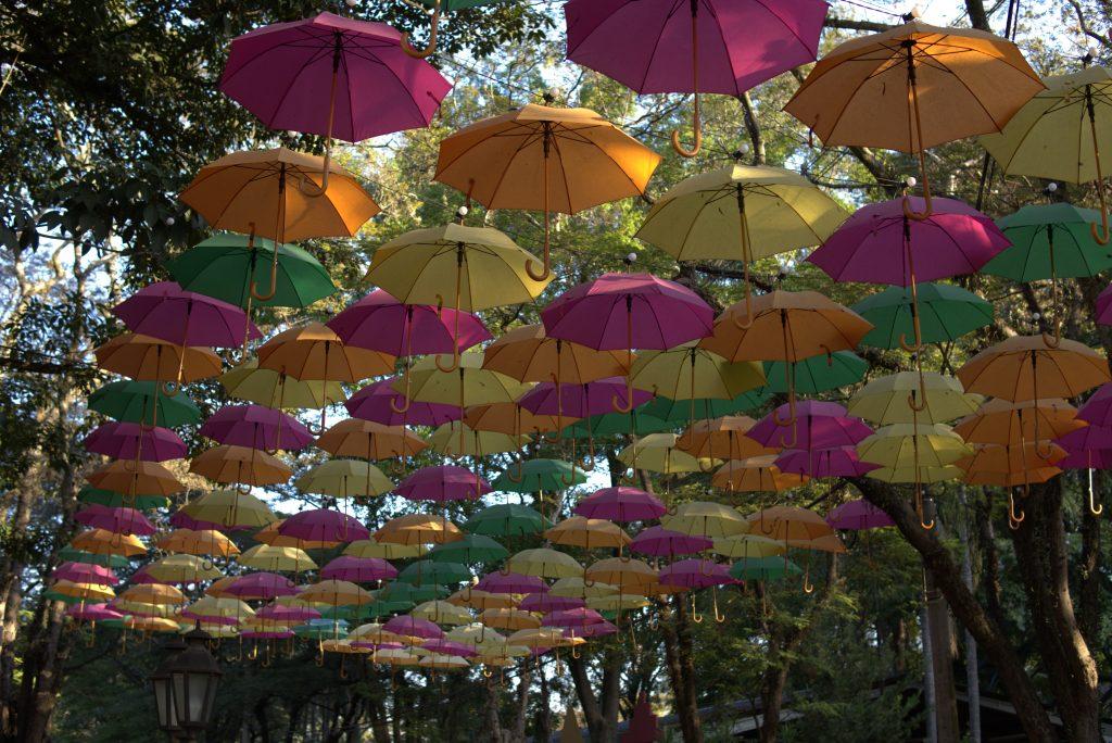 rua de guarda chuva